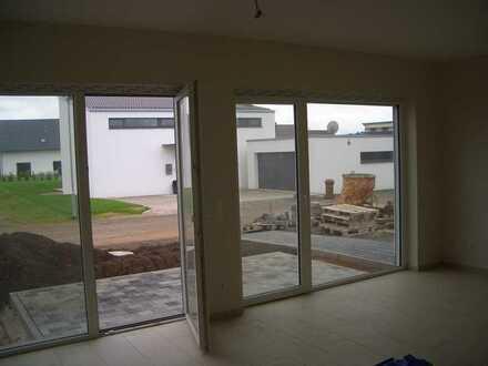 Gepflegte 5-Zimmer-Doppelhaushälfte mit EBK in Siegelbach, Kaiserslautern - Siegelbach