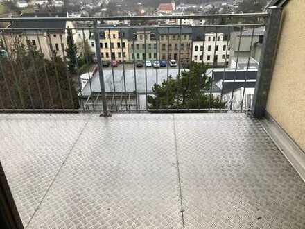 RC, 2-Zi.-Dachgeschoss-Whg. mit großem Balkon u. tollem Blick