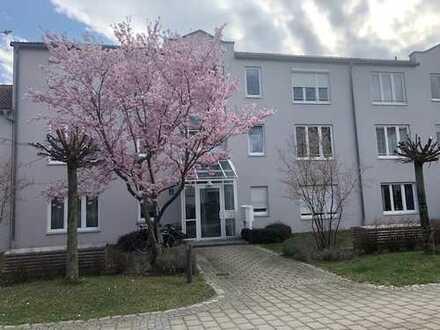 Erstbezug nach Sanierung mit EBK und Balkon: ansprechende 2-Zimmer-Wohnung in Freimann, München