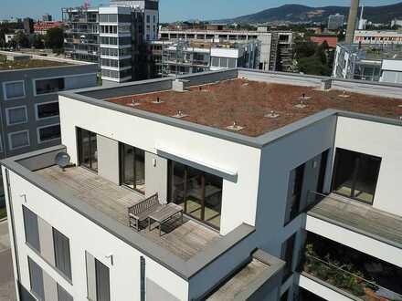 4- bis 5-Zimmer-Wohnung im Penthouse-Stil
