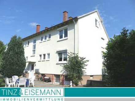 Gepflegtes Vierfamilienhaus mit ausbaubarem Dachgeschoss in Philippsburg-Rheinsheim