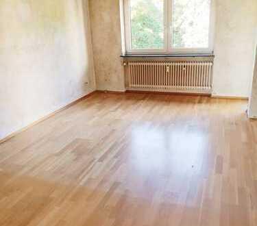 Schöne 3 Zimmer ETW mit Balkon in ruhiger Lage Eschborn´s!