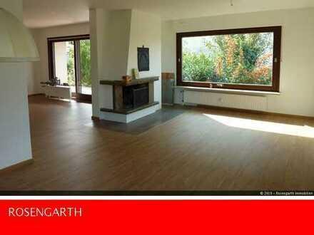 Top sanierte 3 Zimmer Wohnung mit Terrasse & kleinem Garten