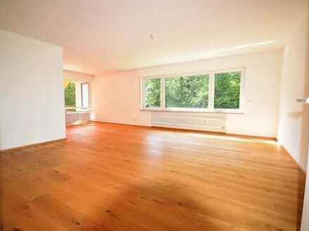 TOP*** 3,5- Zi.- Whg. im 1. OG mit Balkon + 1 Appartement/Büro im UG in herrlicher Waldrandlage