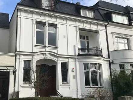 Adresslage Heilwigstraße: Beletage in 3-Fam.-Villa mit Blick auf den Alsterlauf