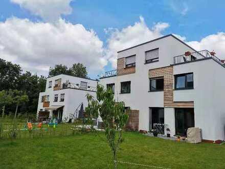 Neuwertiges 5-Zimmer-Einfamilienhaus mit EBK in Stadtmitte, Offenbach am Main