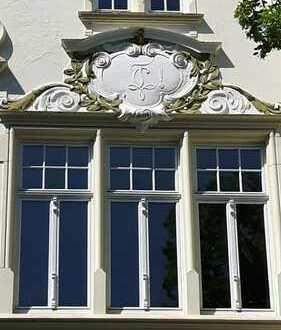 **Ein Traum in Stuck und Parkett** Denkmalgeschützte Gründerzeitvilla Bonn-Südstadt