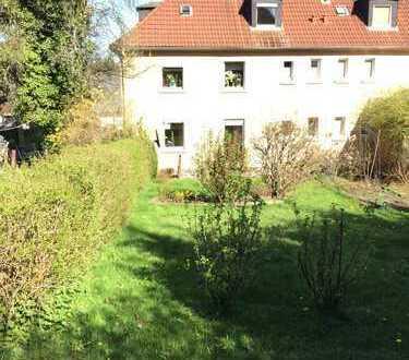Wohnung mit Terrasse und eigenem Garten