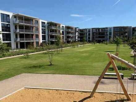 Wohnen im Park - Neubau im Grünen (2,5 Zi, Terrasse m. Gartenanteil)