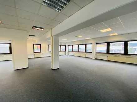 Flexible Büroeinheit im Gewerbegebiet zu vermieten !!