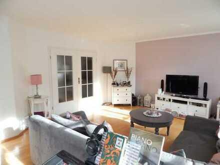 Großzügige 4-Zimmer Gartenwohnung mit großem Hobbyraum!!