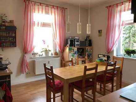 Sonnige 3-Zimmer-Wohnung mit Einbauküche in Großzschachwitz ! -reserviert!-