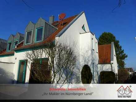 Auf geht´s ins neue Haus: Top REH mit Garage in Lauf-Kuhnhof zur Miete