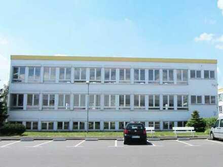 Für Ihre Ideen - Ihre Expansion: Komplettes Bürogebäude - wird extra neu für Sie top saniert