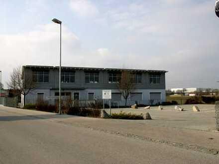 Im Gewerbegebiet tolle helle Büroräume ca. 133m²!