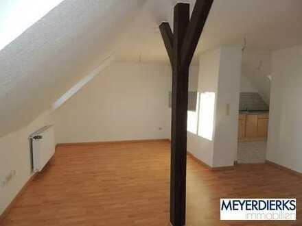 Bürgerfelde - Mittelweg: gemütliche 1-Zimmer-Wohnung im Dachgeschoss