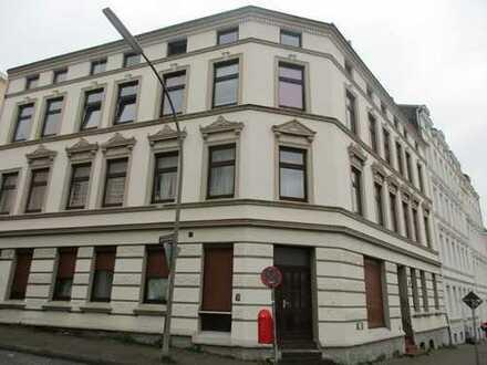 3,5-Zimmer-DG-Wohnung mit Einbauküche in Harburg, Hamburg