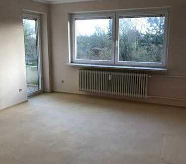 Sie können einziehen - gepflegte 3-Zimmerwohnung + Einbauküche + Balkon!
