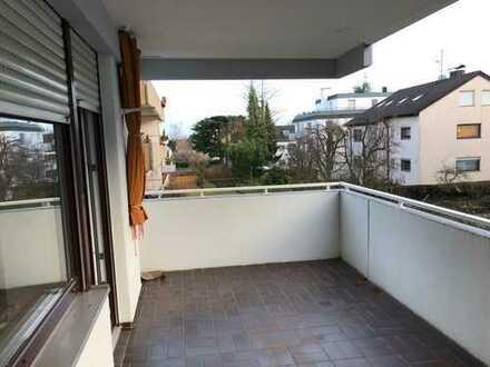 modernisierte 2,5-Zimmer-Wohnung mit Balkon in Stuttgart-Stammheim