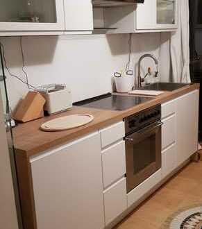 Schöne möblierte 1-Raum-DG-Wohnung mit Terrasse und EBK in Berlin-Niederschönhausen (Pankow)