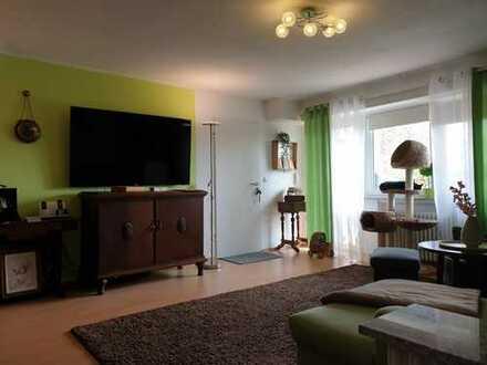 Gepflegte 4-Zimmer-Wohnung mit Balkon und EBK in Bad Soden am Taunus