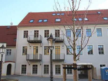 Erstbezug nach vollständiger Sanierung: Vierzimmerwohnung im 2. OG mit 2 Balkonen (WE08)