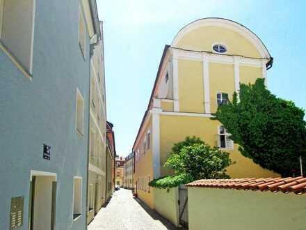 "Einzeldenkmal - ""Ritter'sche Gartenbehausung"" im Herzen der Regensburger Altstadt!"