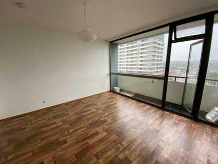 Schöne 1 Zimmer-Wohnung im Mülheimer Zentrum