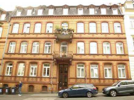 """ ALL IN"" FOR € 1.500,-- / Ca. 80 m² große, stilvolle Altbauwohnung oberhalb Taunusstraße"