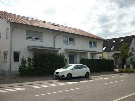 Ansprechendes und neuwertiges Reihenmittelhaus mit viel Platz für Groß und Klein