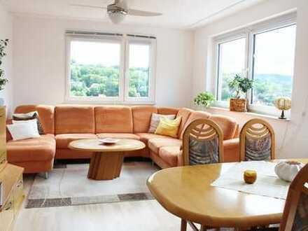 *RESERVIERT* Kaufpreis VB! Modernisierte 3-Zimmer-Wohnung mit Balkon und Aufzug!