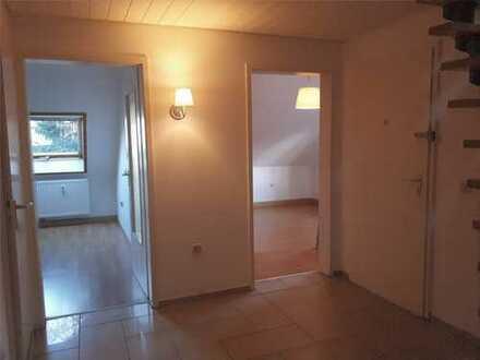 Helle Maisonette Wohnung - 2 Etagen in ruhigem 3 Familien Wohnhaus (E-Gerschede/Dellwig)