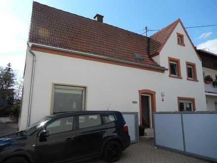 Einfamilienhaus in ruhiger Ortslage von LD-Dammheim.