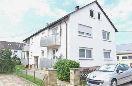Vermietetes Mehrfamilienhaus mit zwei Garagen und Garten in Nellingen