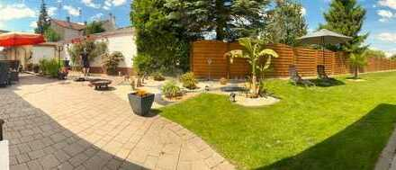 Kernsaniertes Einfamilienhaus mit Traumgarten