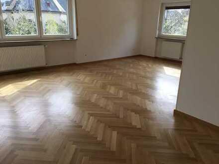 Schöne, geräumige drei Zimmer Wohnung in Heidelberg, Weststadt