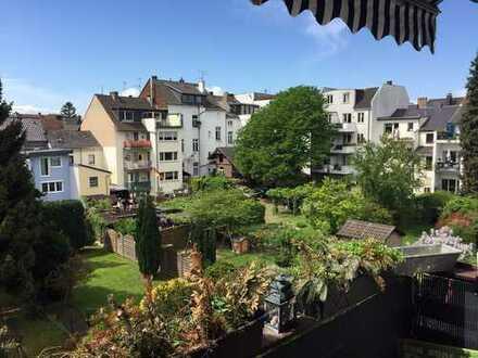 EXKLUSIVE 3-Zimmerwohnung in TOP LAGE, KERNSANIERT, geringe Nebenkosten