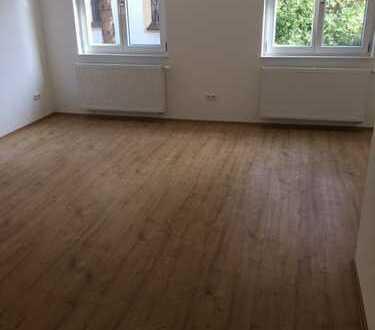 Erstbezug nach Sanierung: Schöne 2-Zimmer-Wohnung in Thalkirchen, München