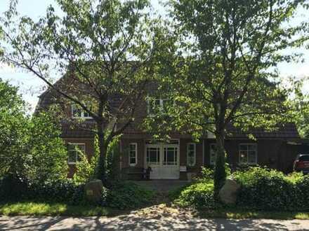 Wunderschöne Landhausvilla mit Einliegerwohnung in Drestedt