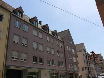 **Traumhafte Singlewohnung in der Altstadt - Dachgeschoss - 2ZKB - 56 qm **