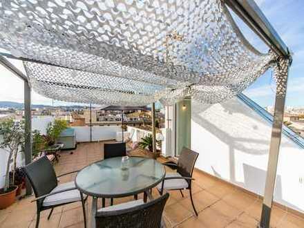 Duplex Penthouse mit großer Terrasse in der Alstadt von Palma
