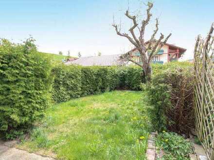 Wohnkomfort und Naturidylle: Attraktives Zweifamilienhaus mit Terrasse im Bayerischen Wald