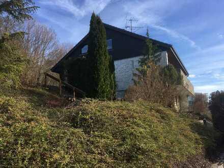 Einfamilienhaus mit Einliegerwohnung in Hohenstein