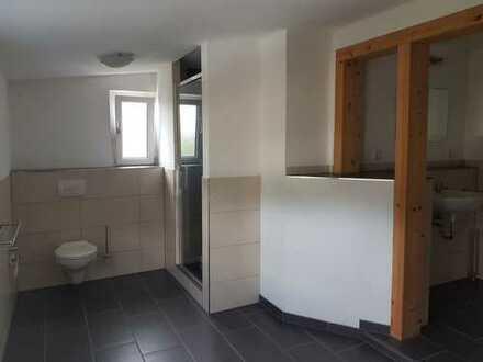 5 Zimmerwohnung mit EBK und kleine Terrasse