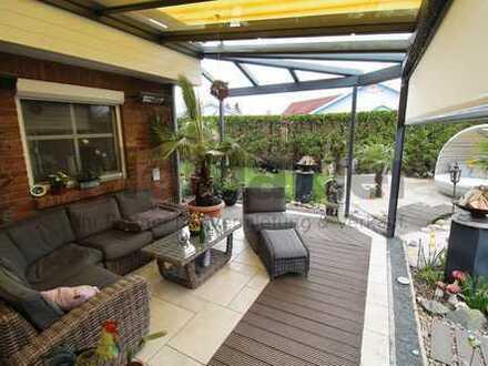 Unverbaubarer Deichblick: Hochwertig ausgestattetes EFH mit Garten und Baumhaus am Jadebusen
