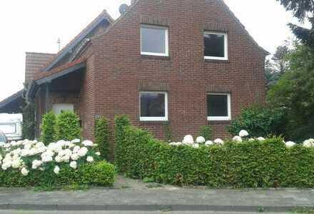 Schönes, renoviertes Haus mit vier Zimmern in Heinsberg (Kreis), Oberbruch