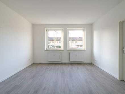 Frisch sanierte 3-Zimmer Wohnung mit Tageslichtbad!!!
