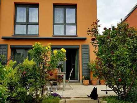 Doppelhaushälfte im Schweizer Viertel sucht neuen Eigentümer