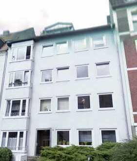 Exklusive DG Wohnung mit 2 Balkonen