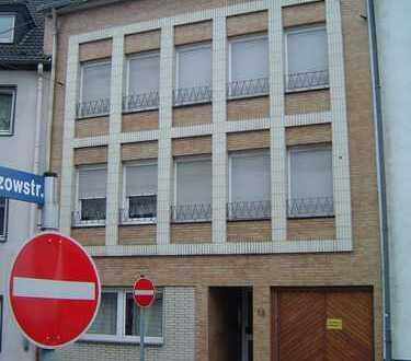 sonniges Appartement mit Balkon